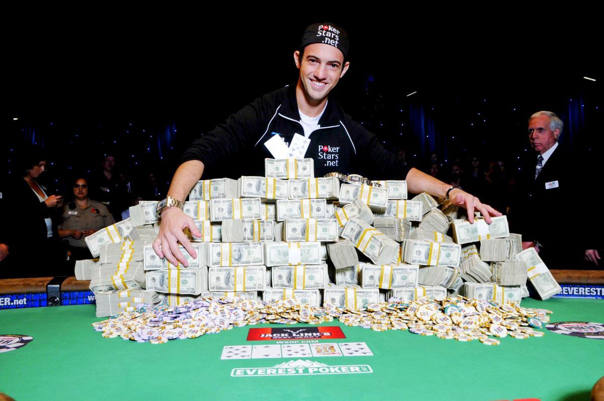 Сколько можно заработать, играя в покер?